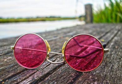Modne okulary przeciwsłoneczne i korekcyjne – przegląd modeli