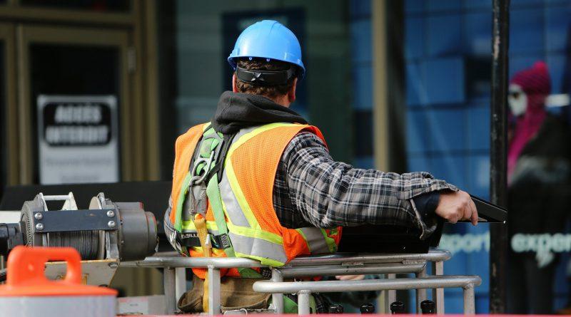Tynkowanie na placu budowy